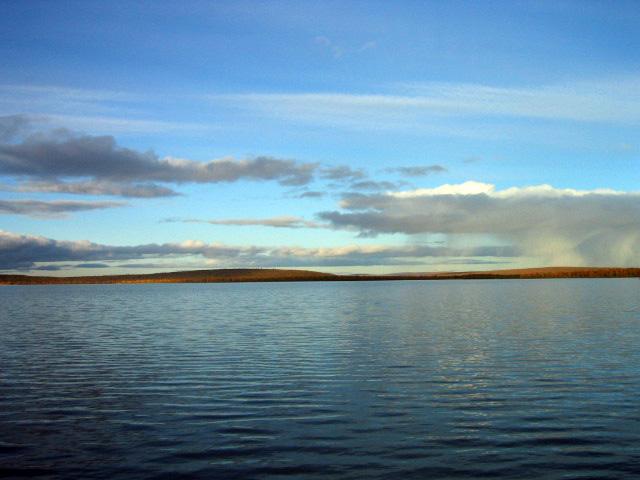 Einsamer See in Lappland . - Brrrr Kalt !