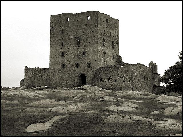 Einsamer Turm