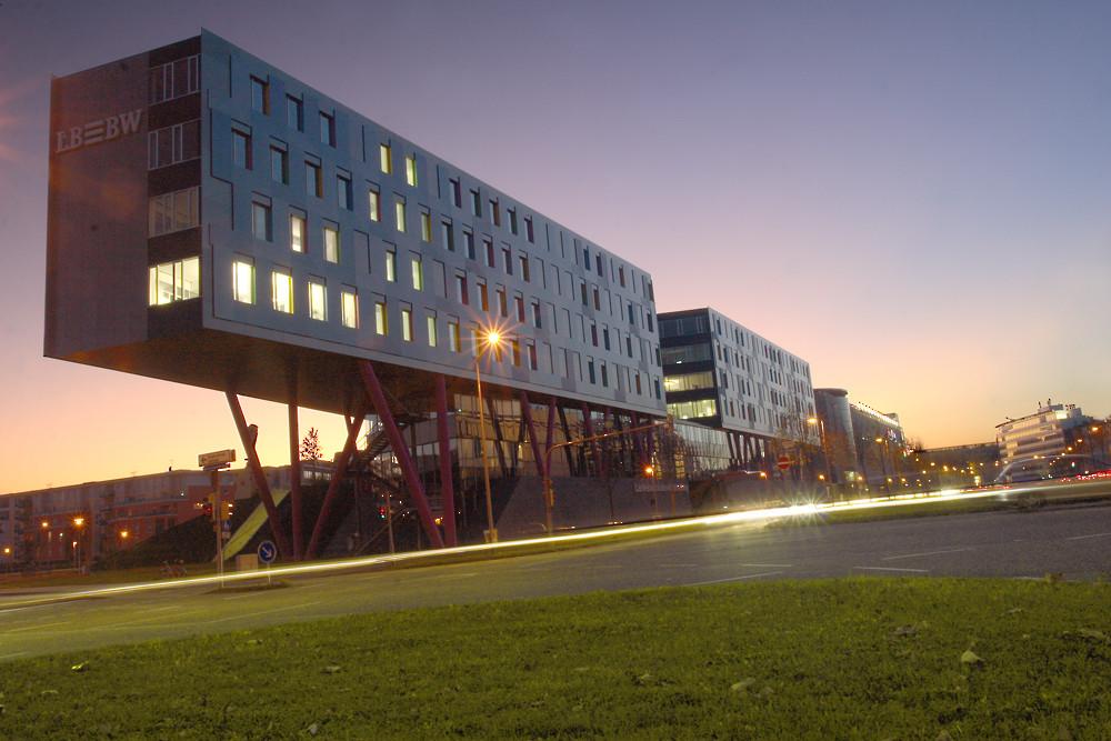 Einstürzende Bankbauten - Die LBBW in Karlsruhe