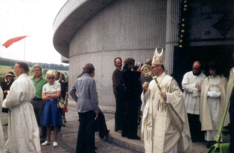 Einweihung der Herbitzheimer Kirche am 17.08.75