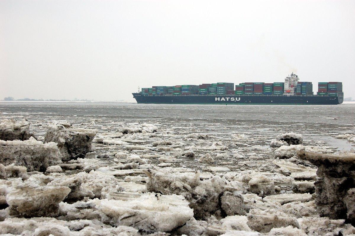 Eis auf der Elbe