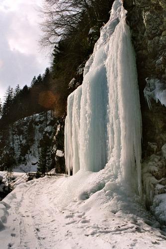 Eis-Hang
