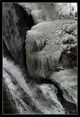 Eis-Stalaktiten