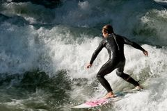 Eisbach-Surfer_0825