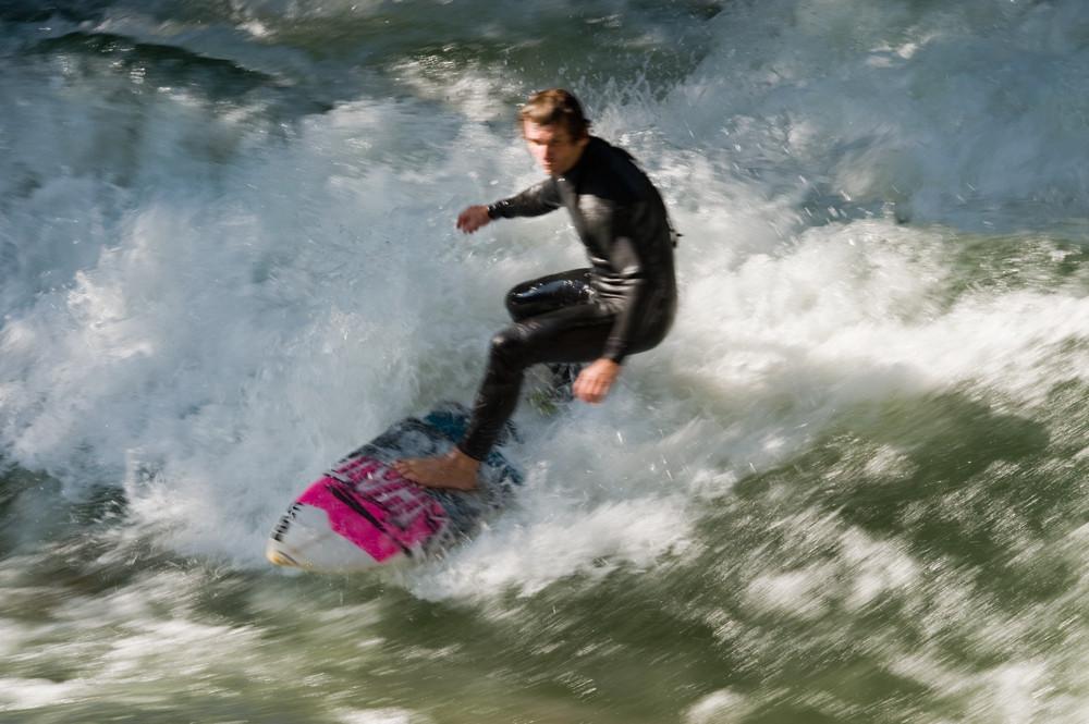 Eisbach-Surfer_0826