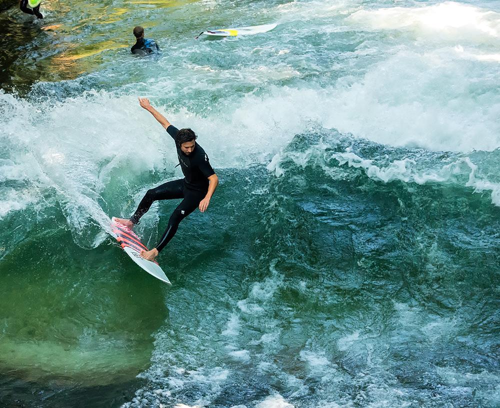 Eisbach surfing 2015