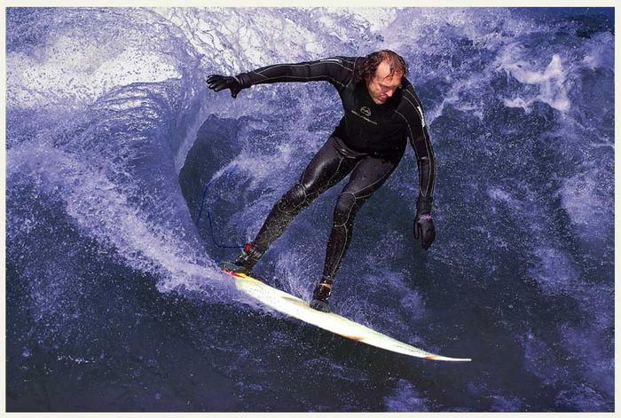 Eisbachsurfer 2