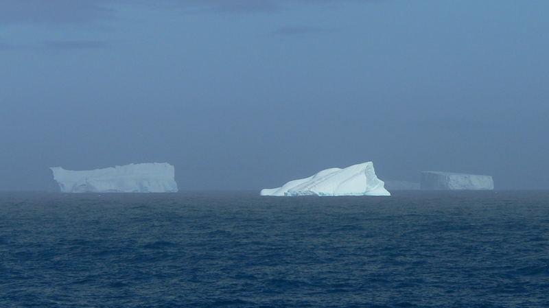 Eisberg Panorama in der Gerlache Strait