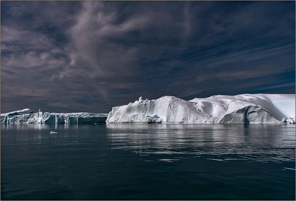 eisberge, wasser und himmel