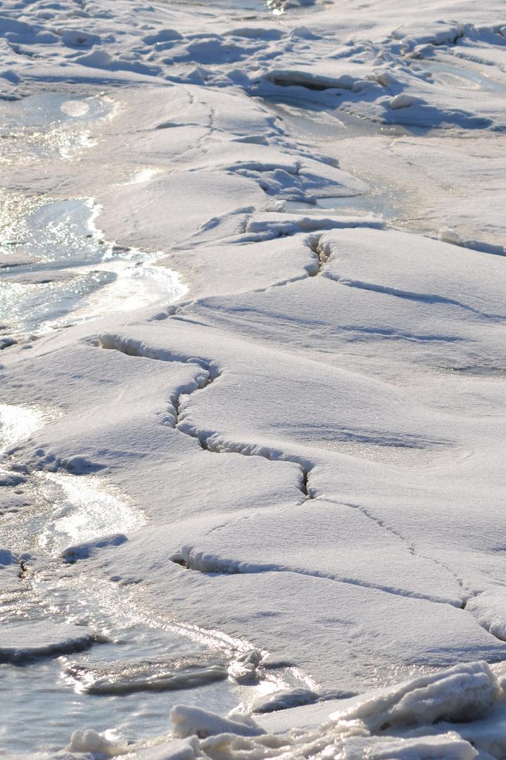 Eisbruch am Strand