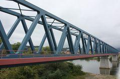 Eisenbahn-Brücke