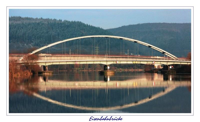 ... Eisenbahnbrücke ... bei Konz