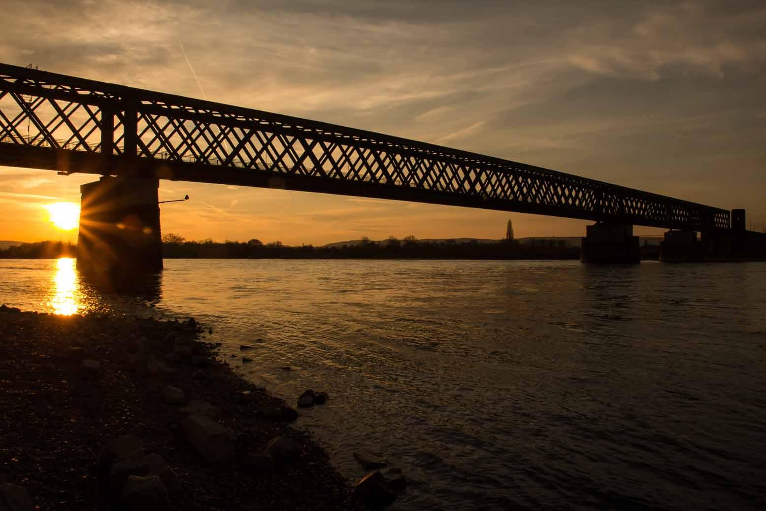 Eisenbahnbrücke bei Urmitz/Rhein