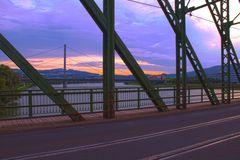 Eisenbahnbrücke und Voestbrücke - Linz