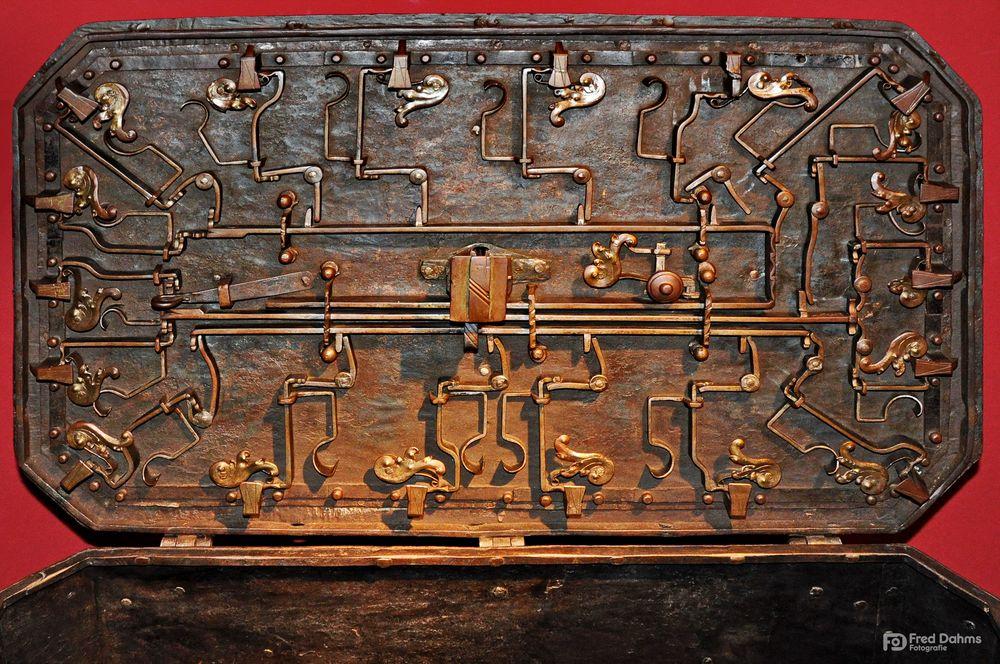 Eisenkasse aus dem 18. Jahrhunderet
