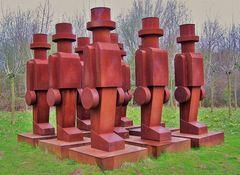 Eisenmänner auf der Insel Hombroich