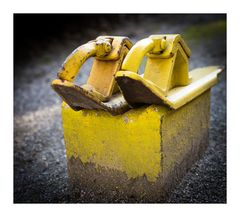 eiserne Schuhe