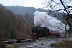 Eisfelder Talmühle, 99 7243-1 und 187 011-2