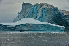 Eishochhäuser im Eisfjord............ k-DSC_1916