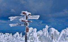 Eisige-Wanderwege-auf-dem-Brocken