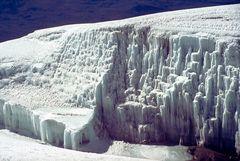 Eiskaskaden am Kilimandscharo