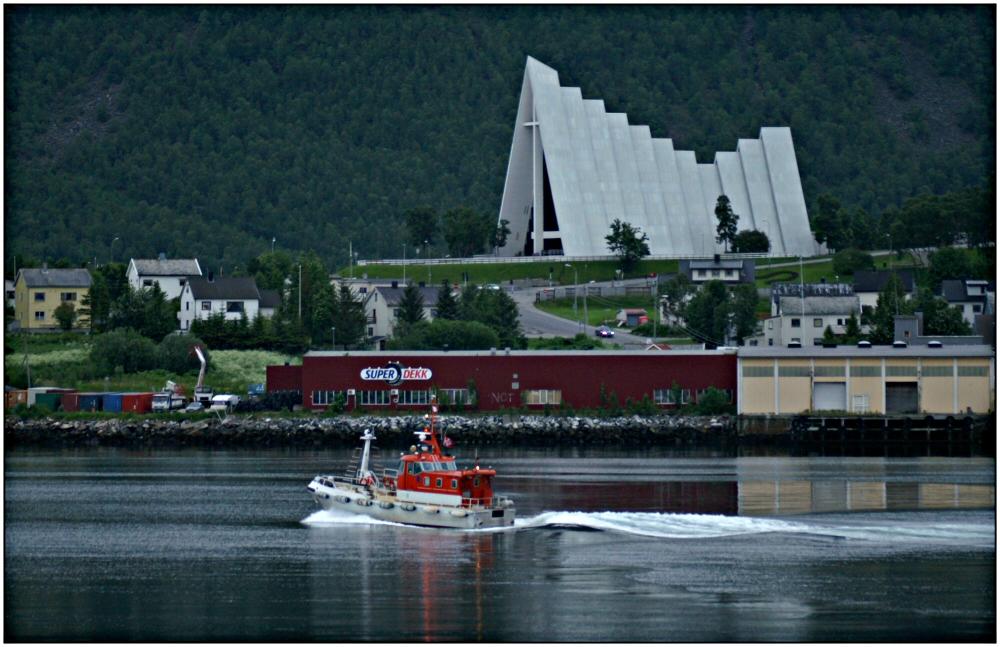 Eismeer-Katedrale in Tromsø