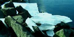 Eisschollen am Rheinhafen 2
