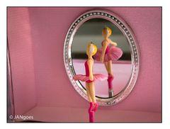 Eitle Ballerina