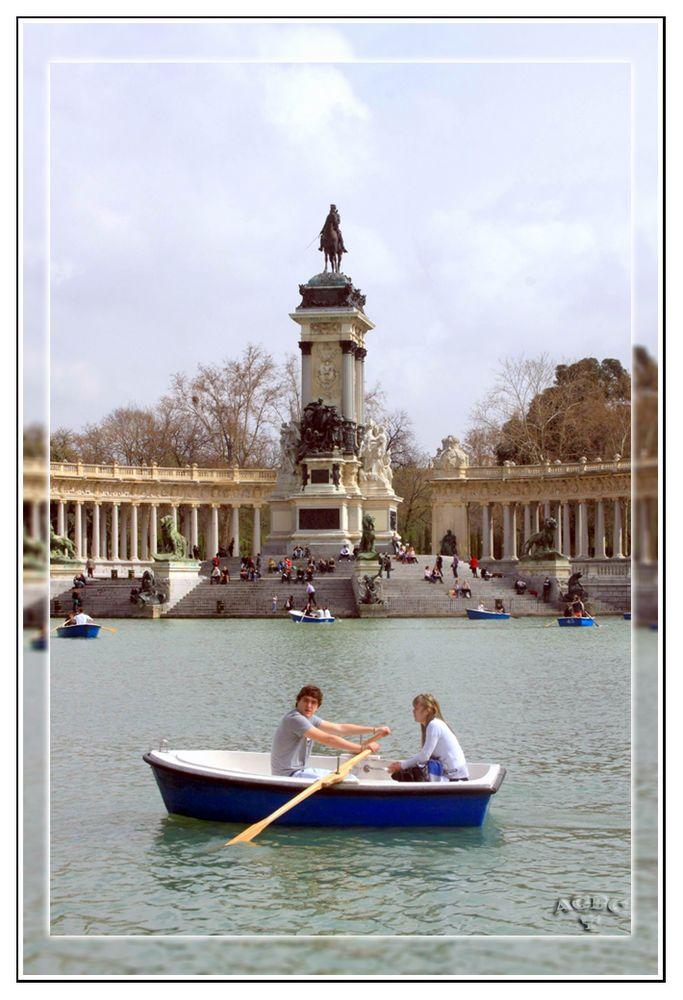 El Amour, El Romanticismo y el Estanque de El Retiro (Madrid) GKM2