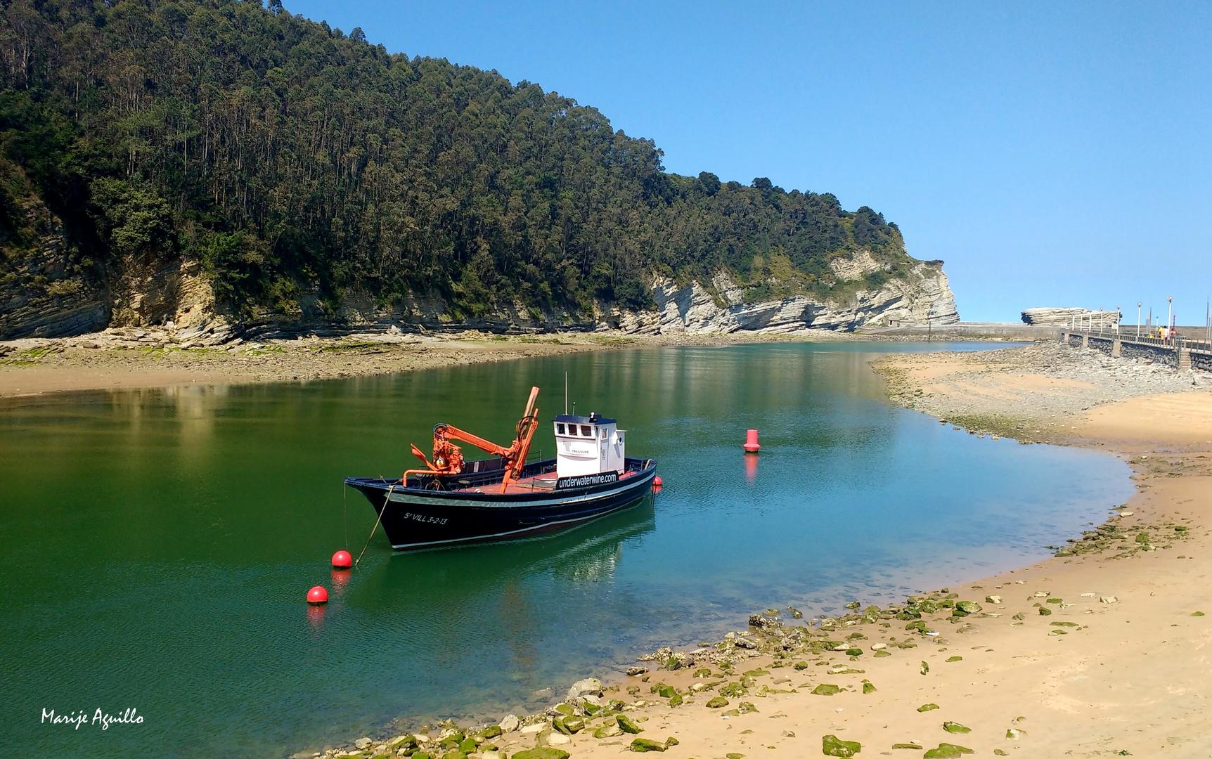 El barco del vino (under water wine)