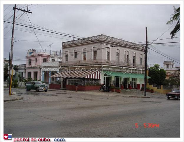 El Fiore, Municipio 10 de Octubre