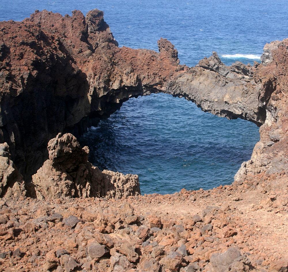 El Golfo, Felsenküste