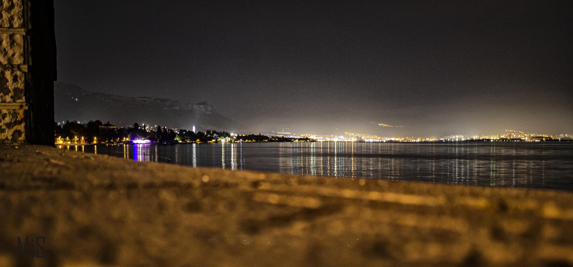 El mar en Kastela