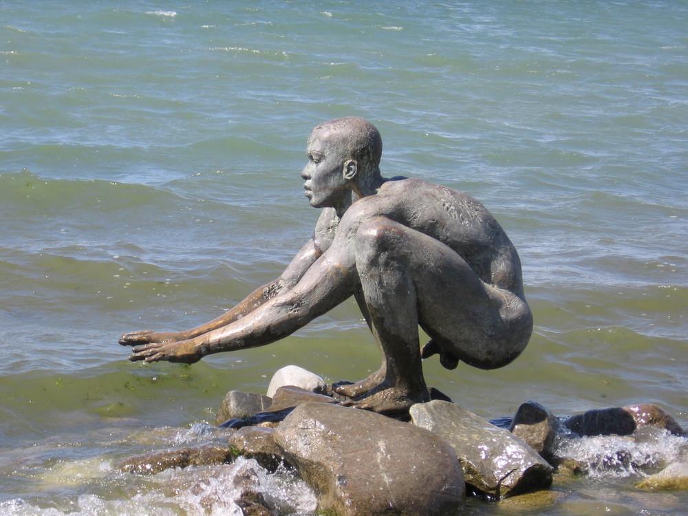 """"""" El Nino"""" Skulptur in Radolfzell am Bodensee"""