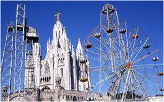 El Parque de Atracciones de Montjuic era un parque de atracciones de la ciudad de Barcelona .