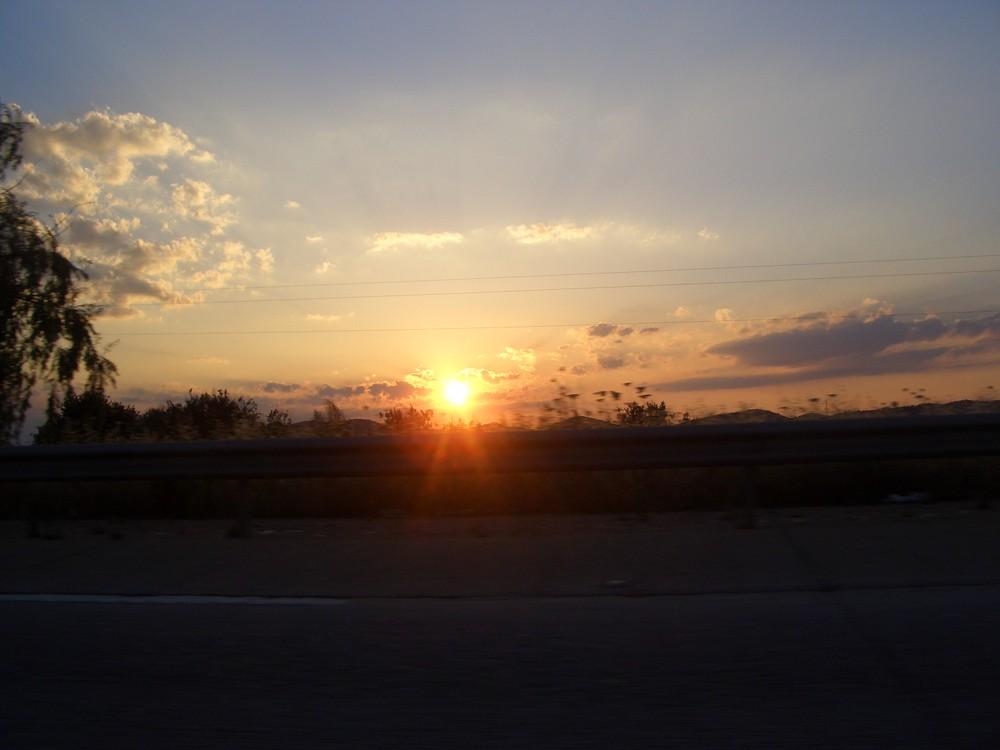 el sol se va ocultando