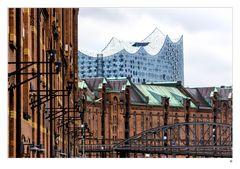 Elbphilharmonie mit Speicherstadt