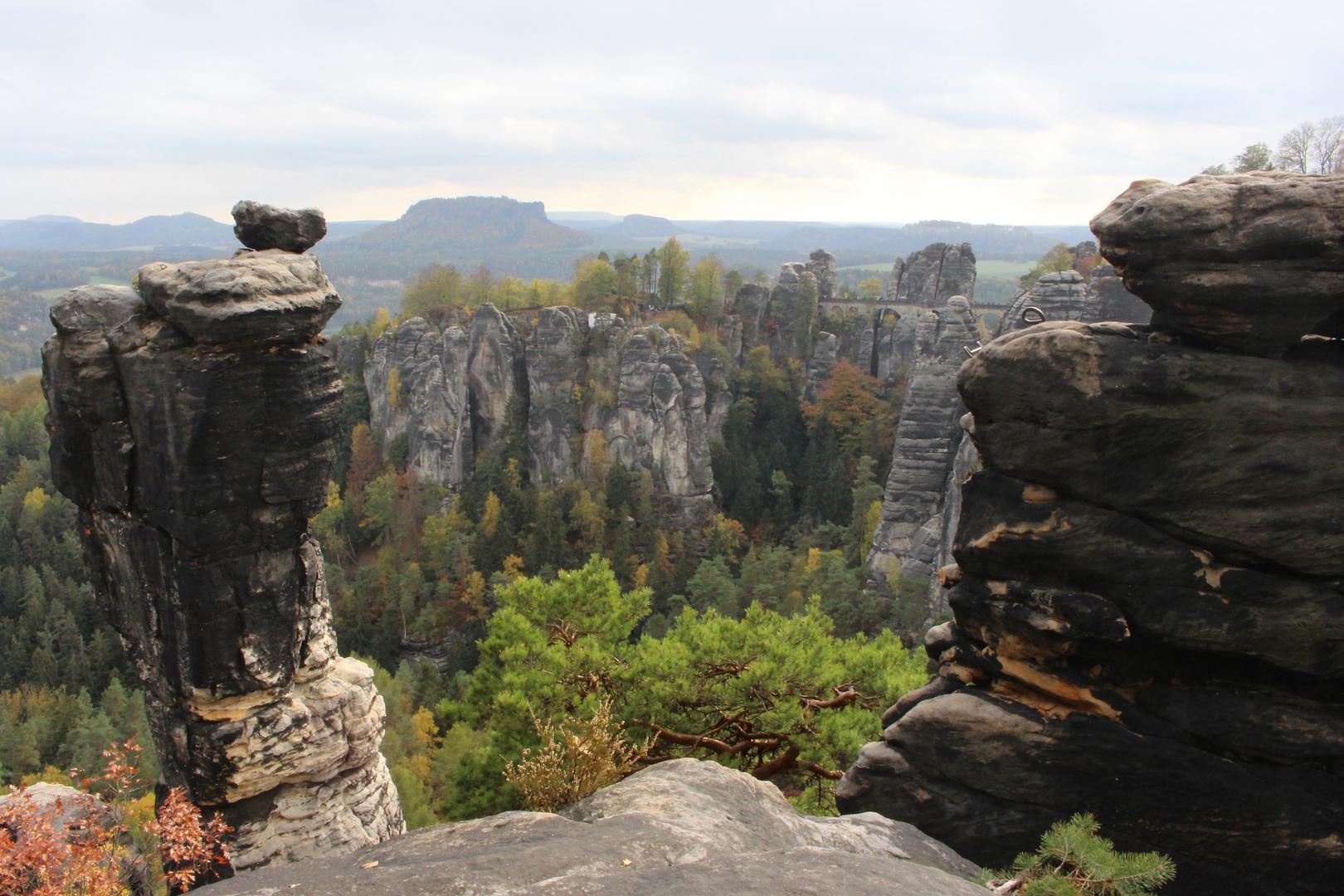 Elbsandsteingebirge, Blick auf Festung Königstein