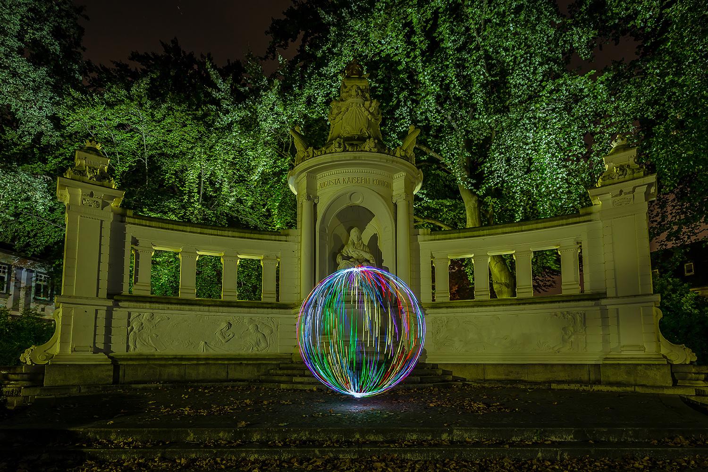 Electrical Movements in the Dark #255 - Augusta-Denkmal (1)