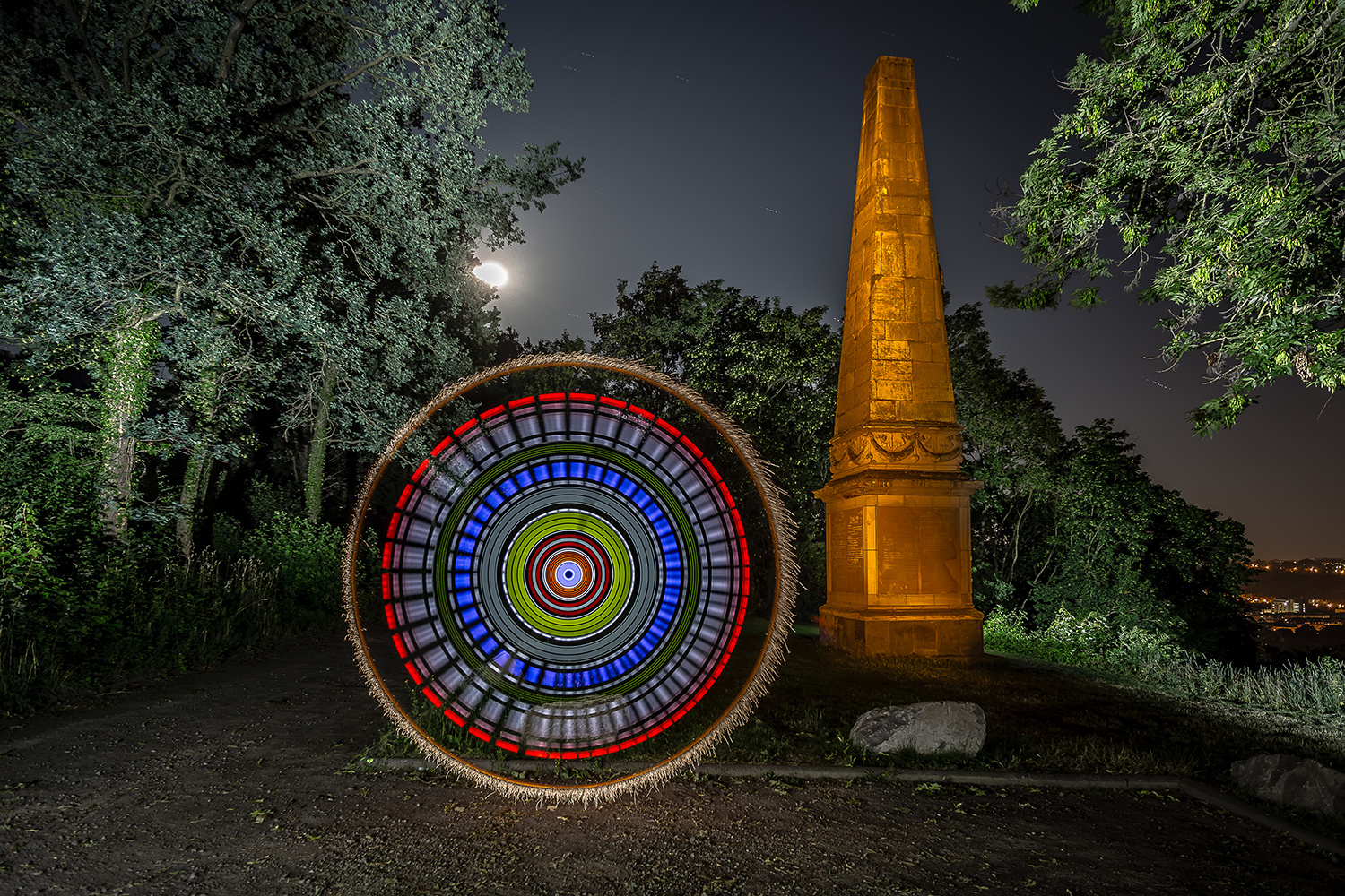 Electrical Movements in the Dark #265 - At the Monument