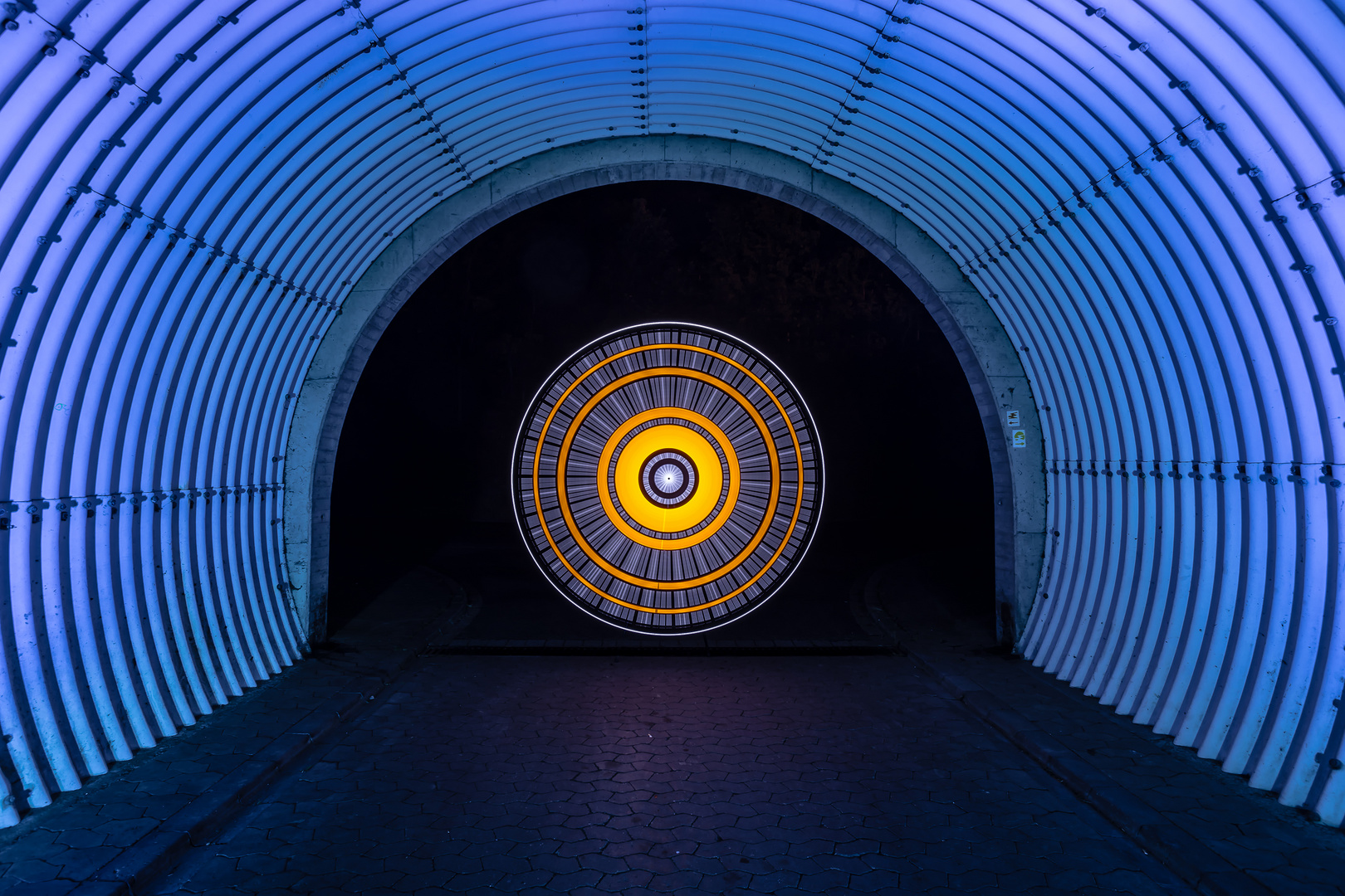 Electrical  Movements in the Dark #273 - Im Tunnel (1)