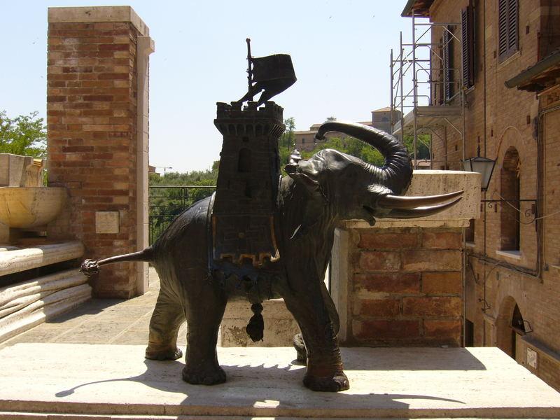 Elefant in Siena