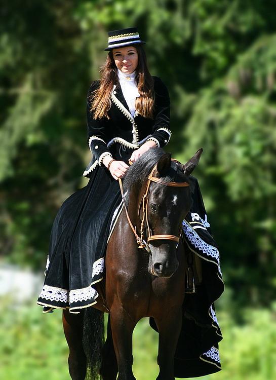 elegance in side saddle.