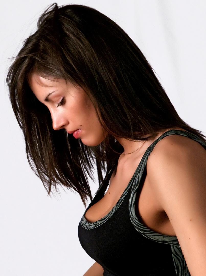 Elena, profilo