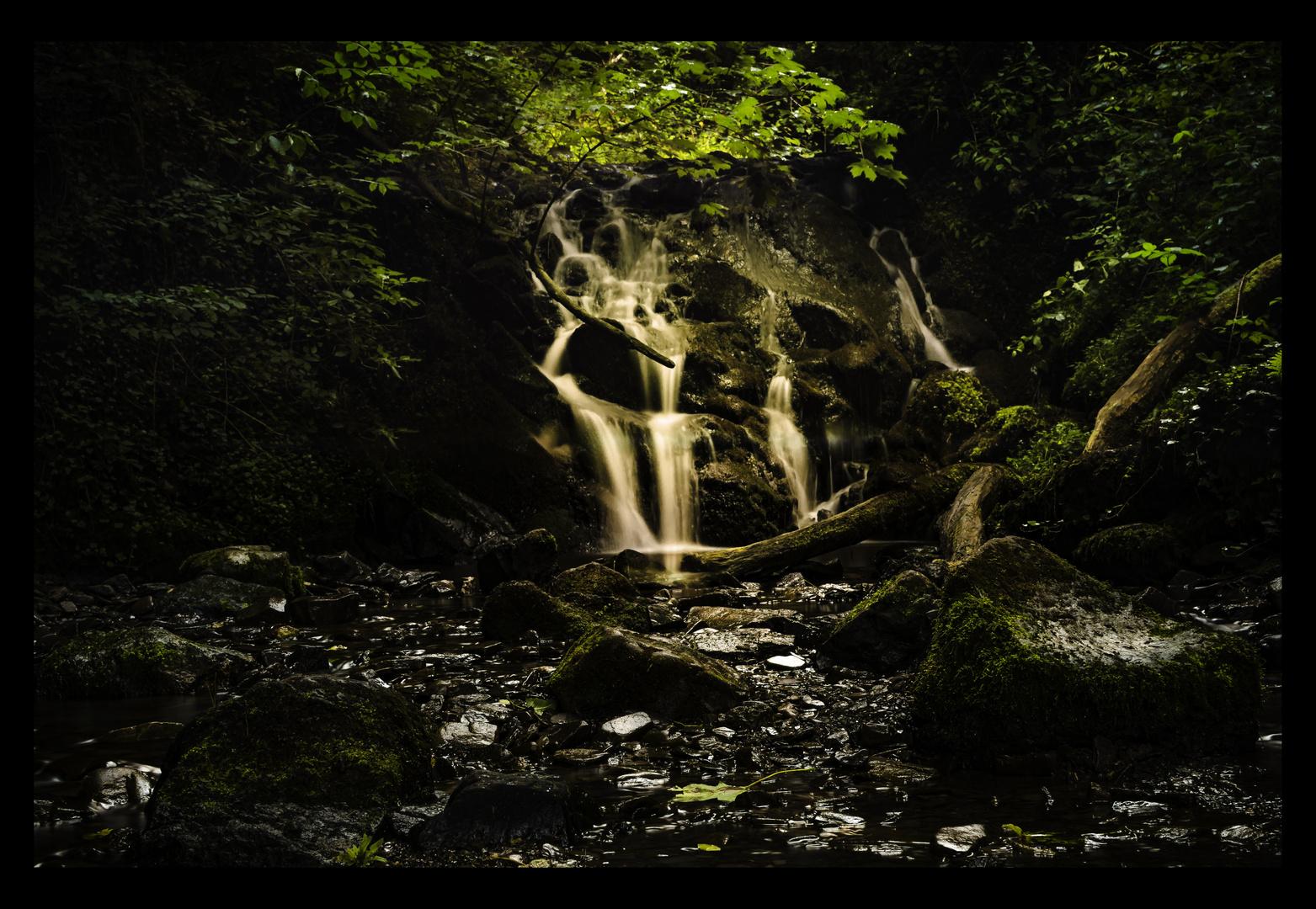 Elfengrotte Bad Bertrich Wasserfall