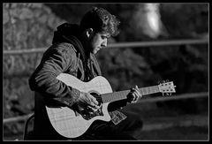 ELI :: mit Gitarre