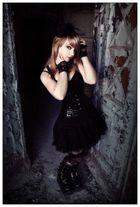 Elisabeth 04/2011 #04