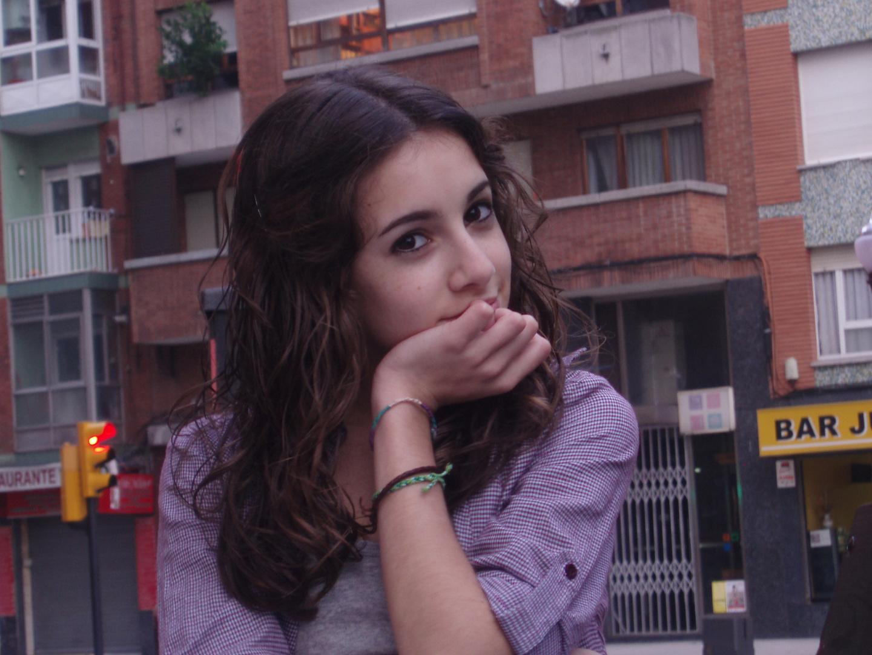 Ella(2)