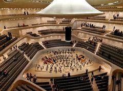 ElPhi - Konzertsaal mit Trichter