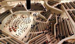 ElPhi - Konzertsaal von ganz oben